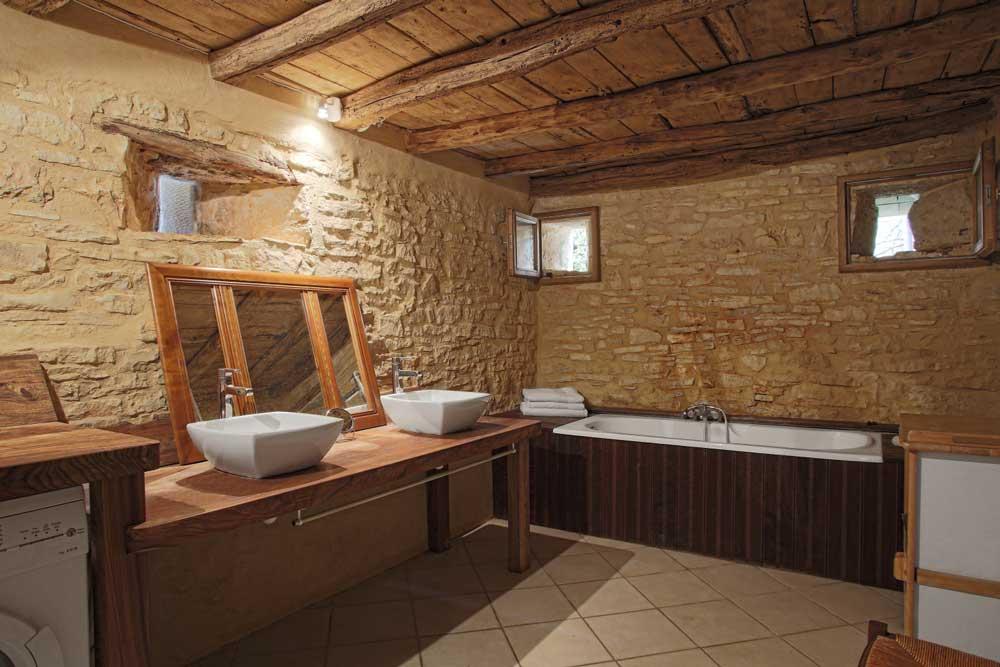 Salle-de-bain rez-de-chaussé